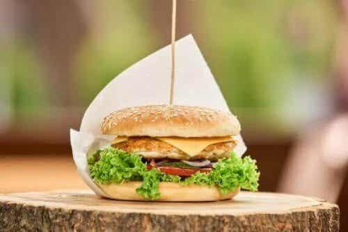 3 sunne og gode oppskrifter på hamburger