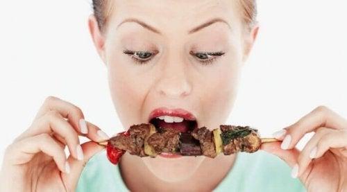En ubalansert diett kan føre til spiseforstyrrelser.