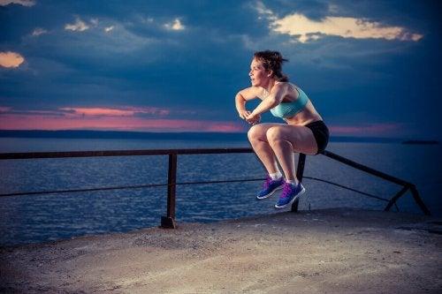 De beste øvelsene for å styrke quadriceps hjemme