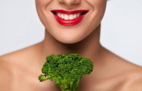Egenskaper og fordelene med broccolini eller bimi
