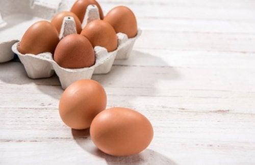 Kartong med egg.