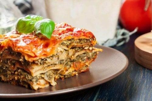 Versjon av lasagne fra klassiske oppskrifter.