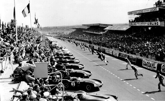 Starten på løpet i Le Mans i 1955.