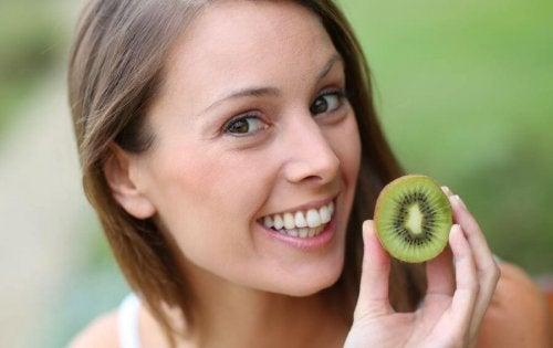 Kiwifrukten: en liten frukt med store fordeler