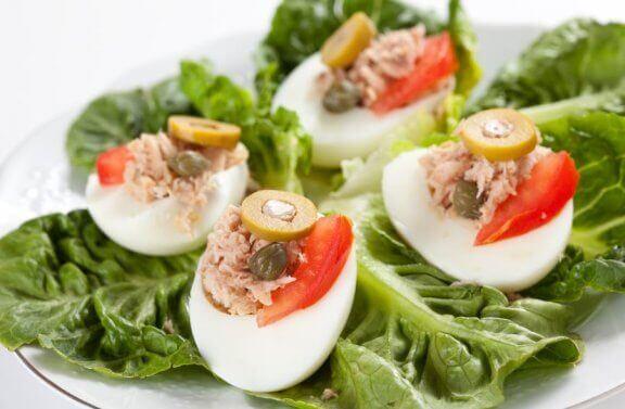 Egg med tunfisk