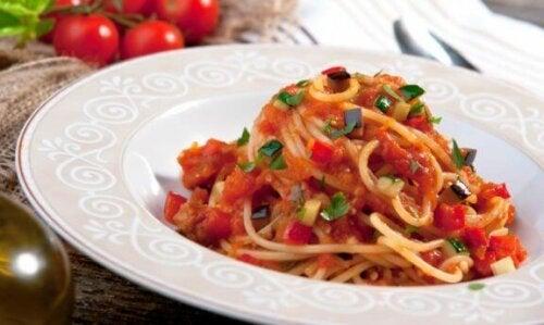 En bolle med pasta