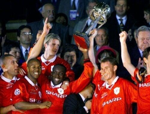 Manchester United etter å ha vunnet mesterskapet i 1996.