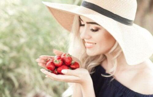 Begynn å spise jordbær for bedre helse