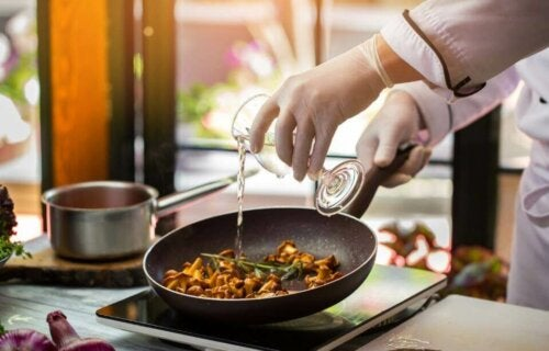 Tips for å lage nydelig mat med alkohol
