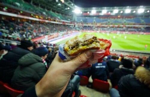 Kan de forby at vi tar med mat inn på sportsarrangementer?