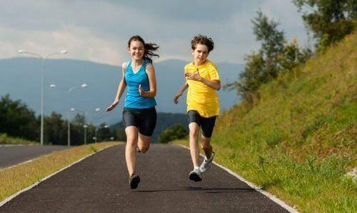 De fire fordelene med kardio for barn