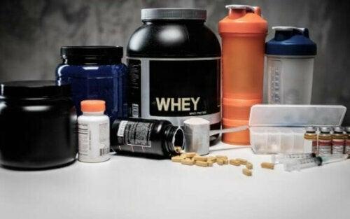 Få muskler på en sunn måte med disse proteintilskuddene
