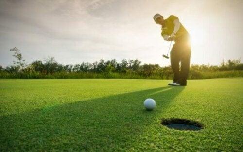 De viktige aspektene ved ernæring for golfspillere