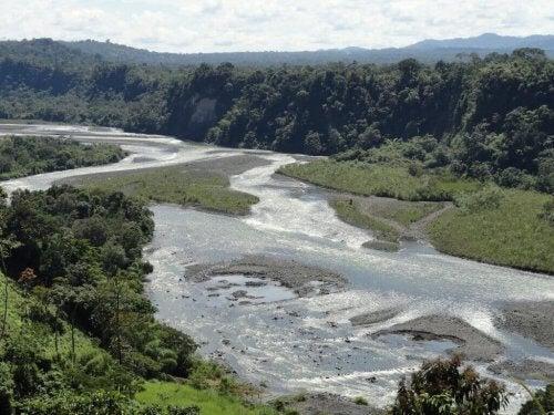 Upano-elven er en av verdens beste for rafting.