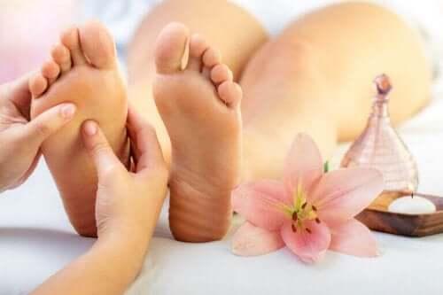 Fem helsemessige fordeler med fotsoneterapi