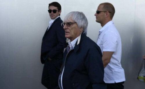 Den interessante biografien om Bernie Ecclestone
