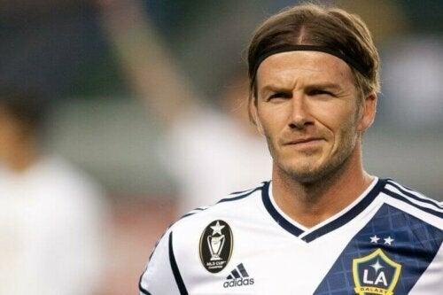 Lær historien om David Beckham utover glamouren