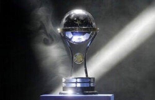 Pokalen fra Copa Sudamericana