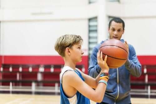 Nøklene som hjelper unge mennesker med å fokusere på sport