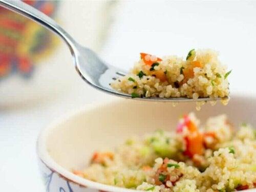 Fordelene med quinoa i det regelmessige kostholdet ditt