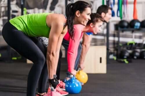 Forskjellene mellom funksjonell styrketrening og CrossFit