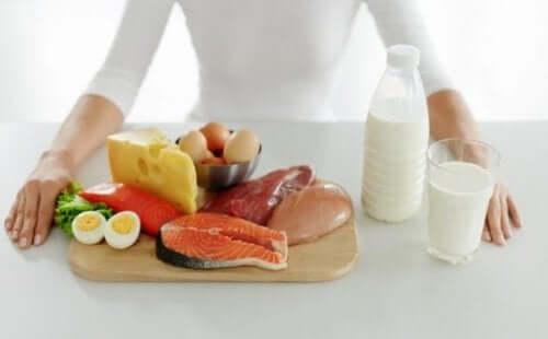 For mange fettrike matvarer tilfører kalorier i kostholdet ditt