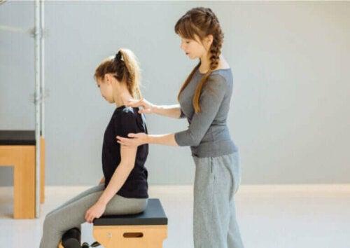 Hva er restitusjonstiden for muskelskader?