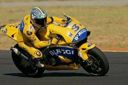 Rossi og Biaggi: Rivalisering innen motorsport