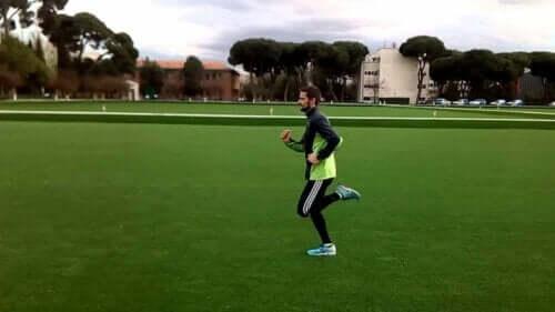 Mann som løper.