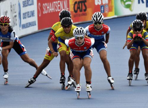 Profesjonelle idrettsutøvere som konkurrerer i hurtigløp på skøyter