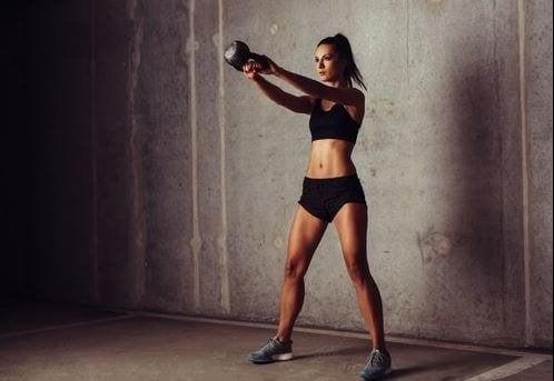 Een voorbeeld van een routine voor een CrossFit-training
