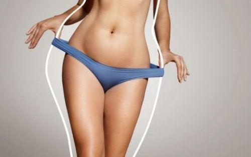 Vrouw merkt aan haar ondergoed dat haar BMI lager is