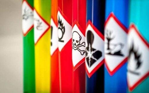 Alle soorten giftige stoffen.