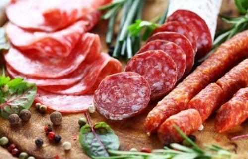 salami en andere worsten met veel suiker