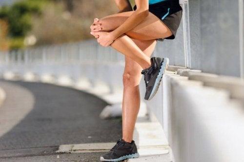 Vier oefeningen om kniepijn tegen te gaan
