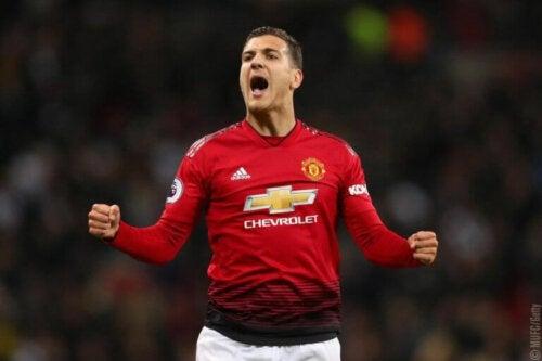 Diego Dalot speelt voor Manchester United