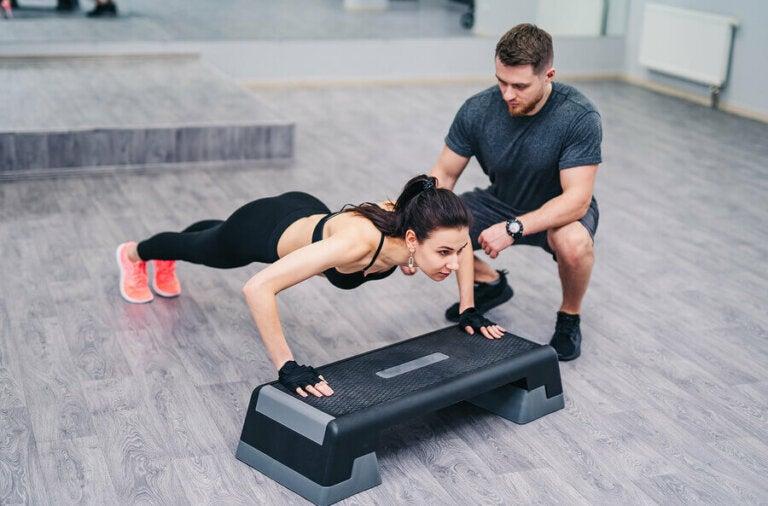 De beste push-ups voor als je thuis wilt trainen