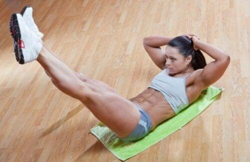 Vijf oefeningen voor sterkere buikspieren