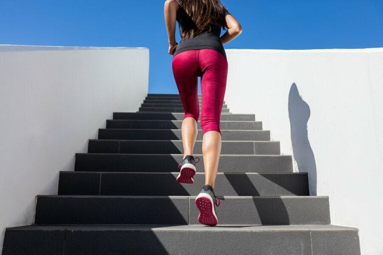 Dagelijkse korte sprints op de trap voor je cardiovasculaire gezondheid