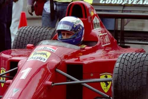 Autocoureur Prost