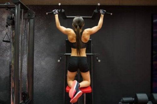 Sprzęt do ćwiczeń kardio: jak korzystać, aby trening był wydajny