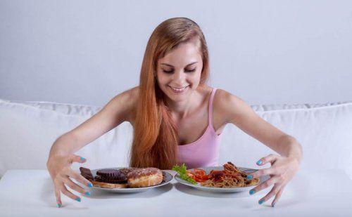 Oszukańcze posiłki podczas diety - co to takiego?
