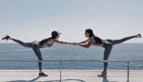 Prawidłowa postawa ciała: ćwiczenia na równowagę
