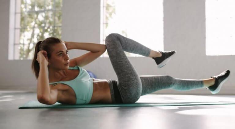Brzuch jak ze stali - program treningowy