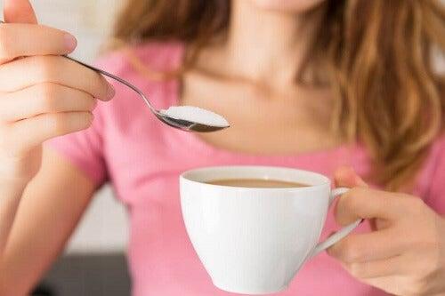 Spożycie cukru i zalety płynące z jego zmniejszenia