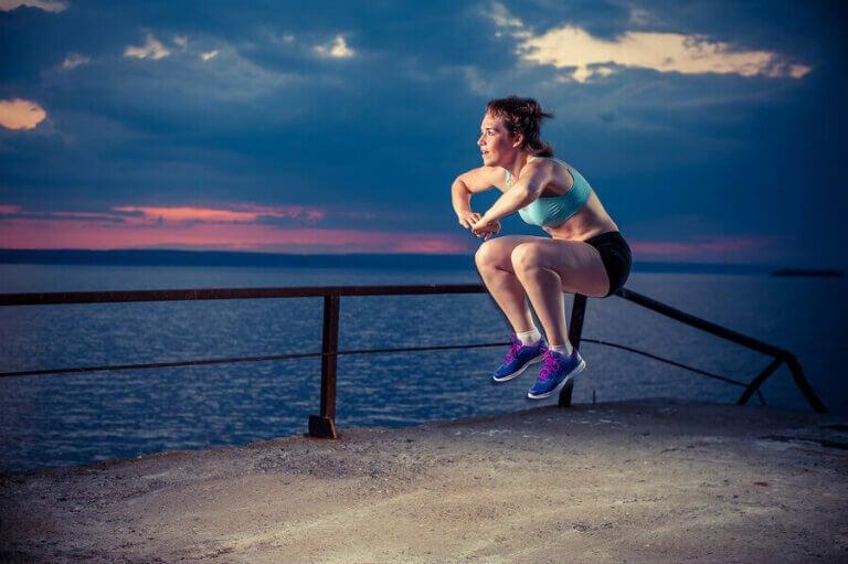 Wzmocnienie mięśni czworogłowych ud - najlepsze ćwiczenia