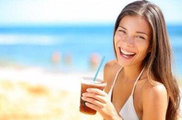 Mrożona herbata - czy naprawdę jest zdrowa?
