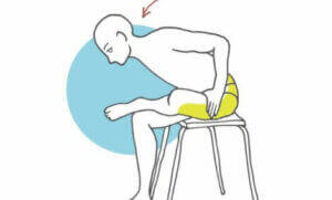 rozciąganie na krześle