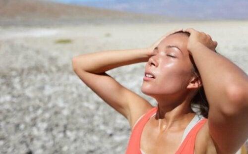 Bieganie w upale: 8 porad, jak przetrwać trening tego lata