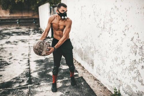 Niedotlenienie w treningu: jak wykorzystać warunki hipoksji?
